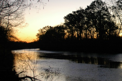 Sunrise along the Vermillion River in Lafayette, LA