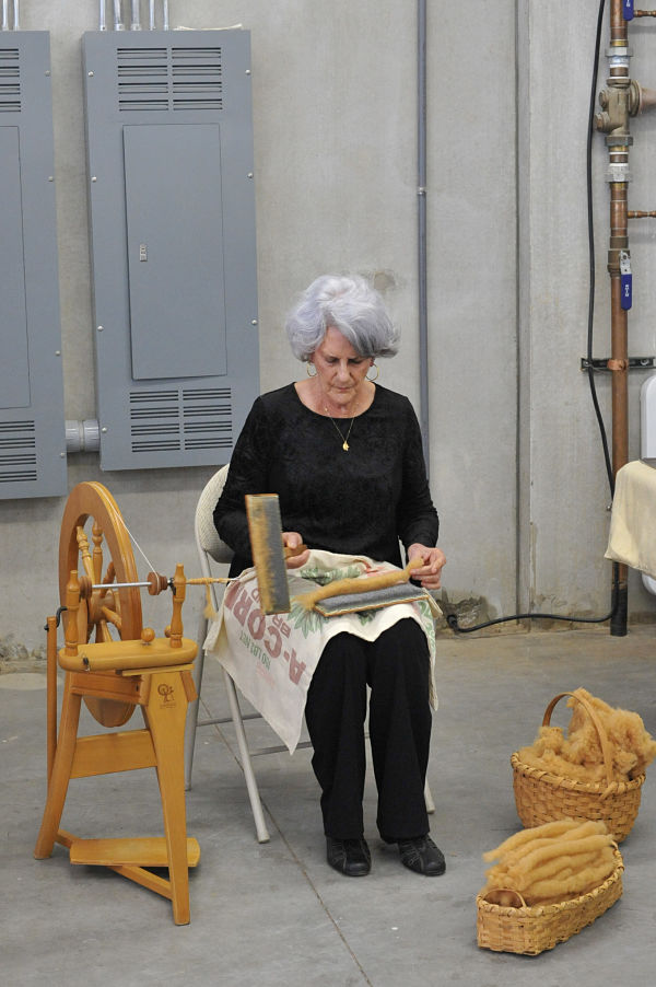 Elaine made the carding and spinning of the cotton look so easy.